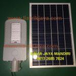 Lampu PJU LED Solar 50W Two In One