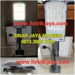 Lampu Jalan Led Solar 100W IP66 Two In one
